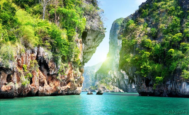 Пролив в Таиланде